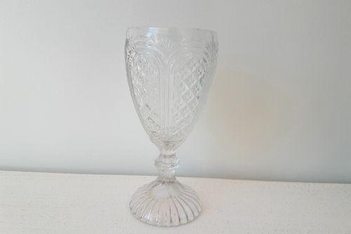 Dekoratīvas stikla glāzes