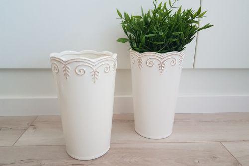 Kremīgas Shabby Chic keramikas vāzes