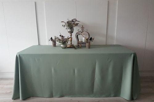 Olīvu zaļš taisnstūra galdauts