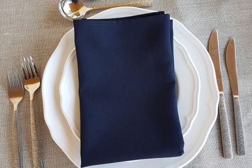 Tumši zilas salvetes